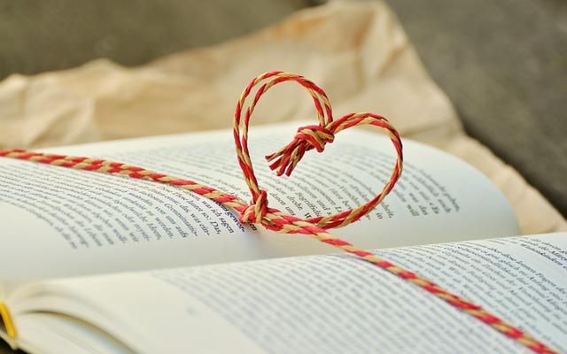 book-1760998_640
